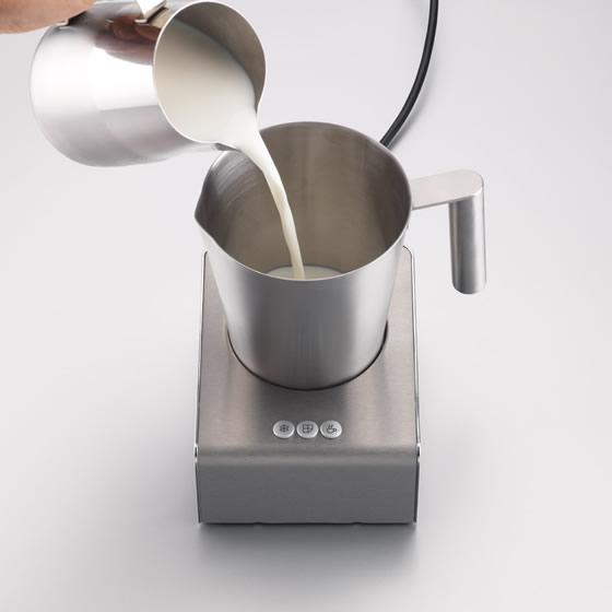 Aparat spuma lapte illy Montalatte Milk Frother 2
